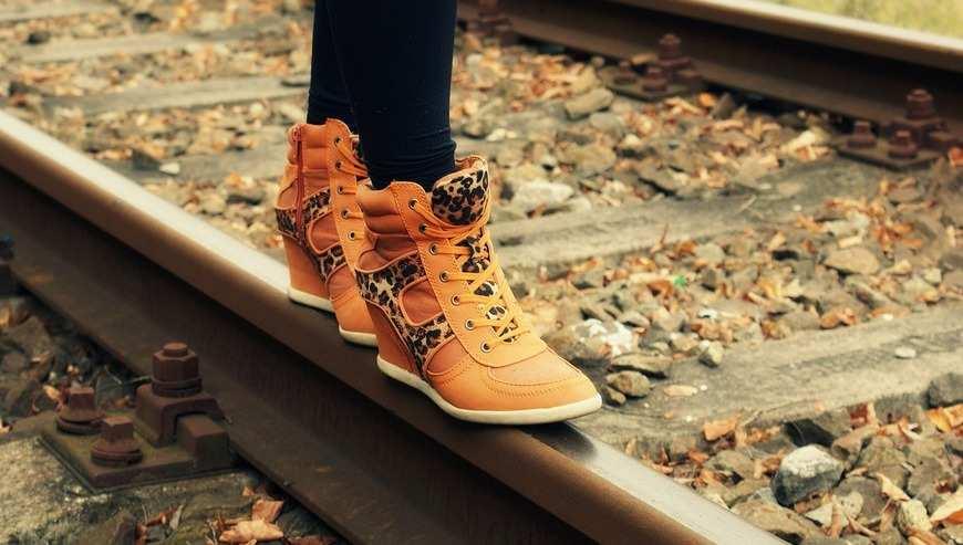 Profesjonalnie wykonane buty skórzane od rodzimych producentów