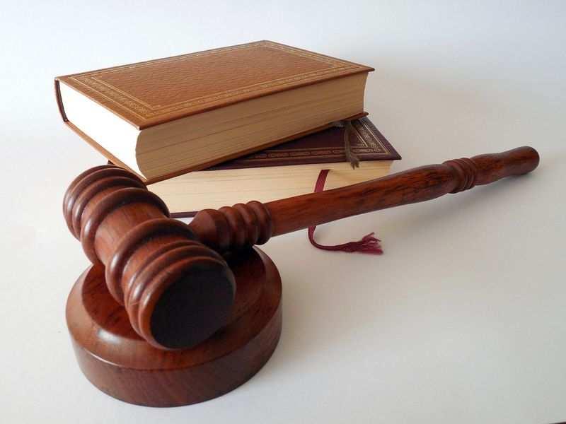 Jak szybko wybrać notariusza?