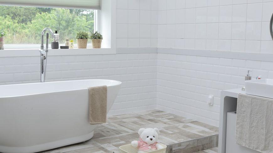 Gdzie można kupić różnego rodzaju akcesoria łazienkowe lub kuchenne?